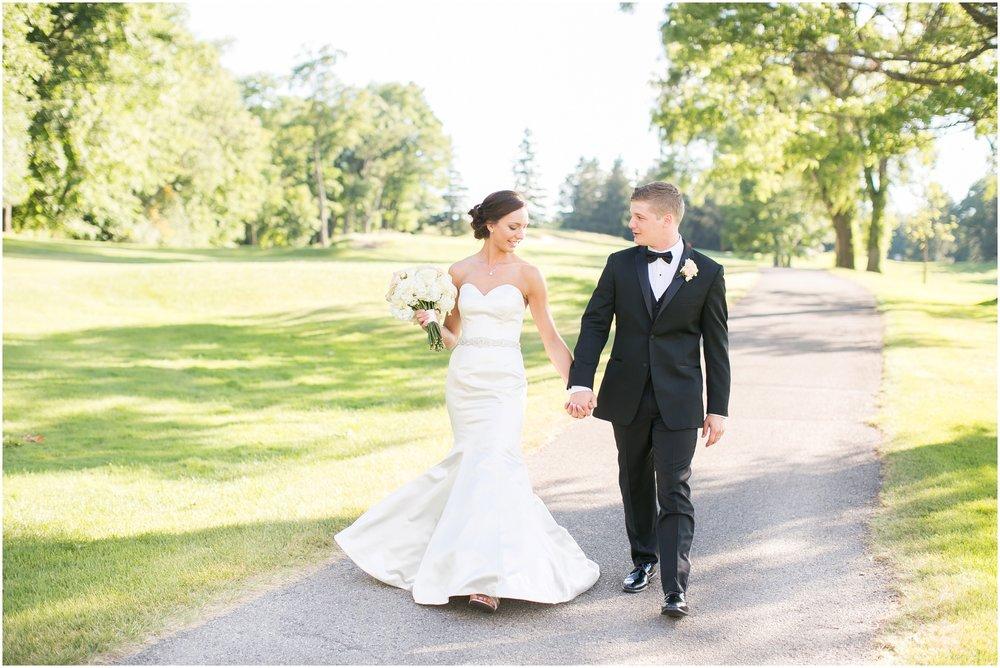 Madison_Wisconsin_Wedding_Photographers_Wedding_Portraits_2016_Favorites_Caynay_Photo_2513.jpg