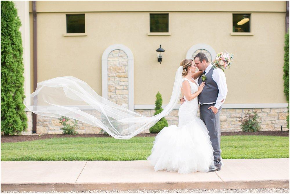 Madison_Wisconsin_Wedding_Photographers_Wedding_Portraits_2016_Favorites_Caynay_Photo_2516.jpg
