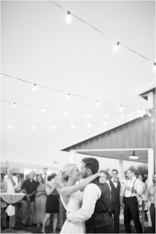 Madison_Wisconsin_Wedding_Photographers_Wedding_Portraits_2016_Favorites_Caynay_Photo_2517.jpg