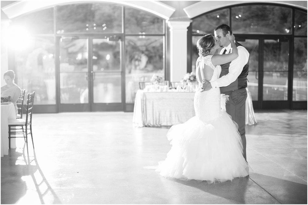 Madison_Wisconsin_Wedding_Photographers_Wedding_Portraits_2016_Favorites_Caynay_Photo_2521.jpg
