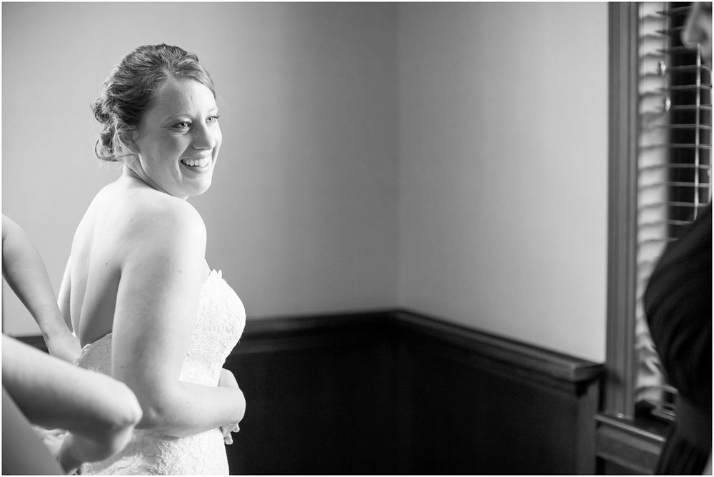 Madison_Club_Madison_Wisconsin_Wedding_Photographer_Spring_Rainy_Wedding_2581.jpg