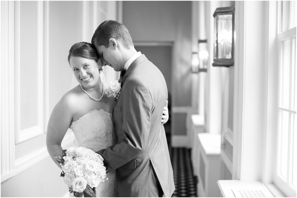 Madison_Club_Madison_Wisconsin_Wedding_Photographer_Spring_Rainy_Wedding_2638.jpg