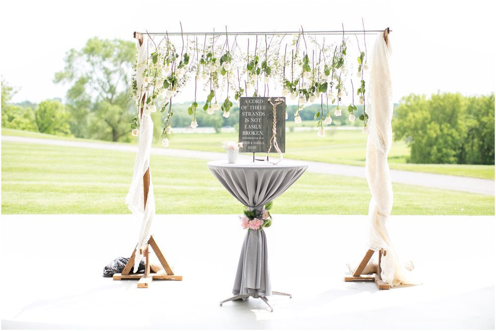 The_Oaks_Golf_Course_Wedding_Madison_Wisconsin_3085.jpg