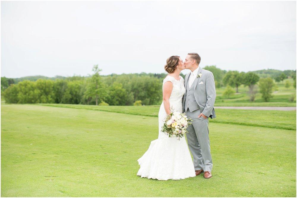 The_Oaks_Golf_Course_Wedding_Madison_Wisconsin_3129.jpg