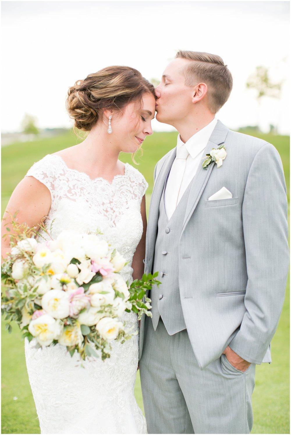 The_Oaks_Golf_Course_Wedding_Madison_Wisconsin_3135.jpg