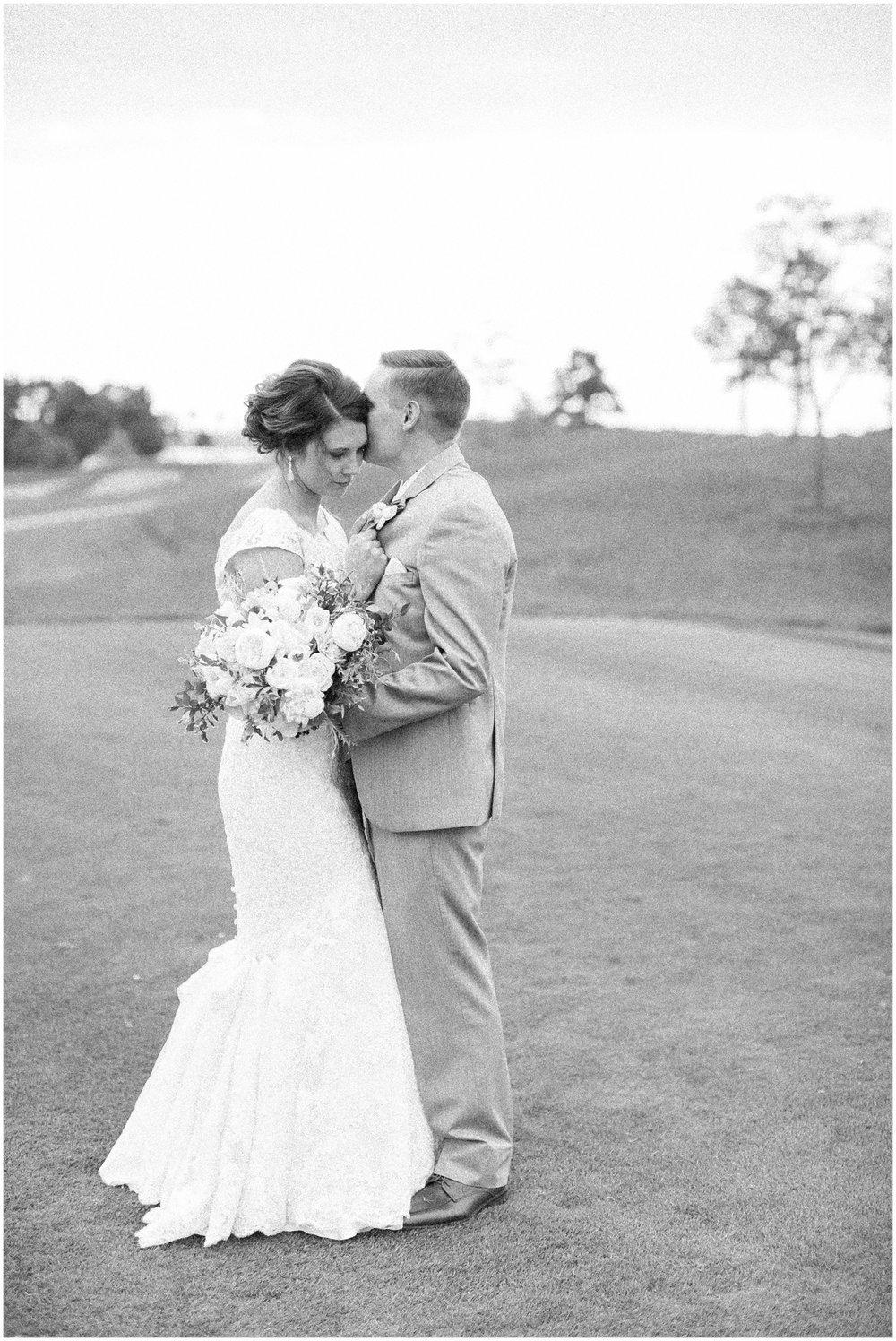 The_Oaks_Golf_Course_Wedding_Madison_Wisconsin_3139.jpg