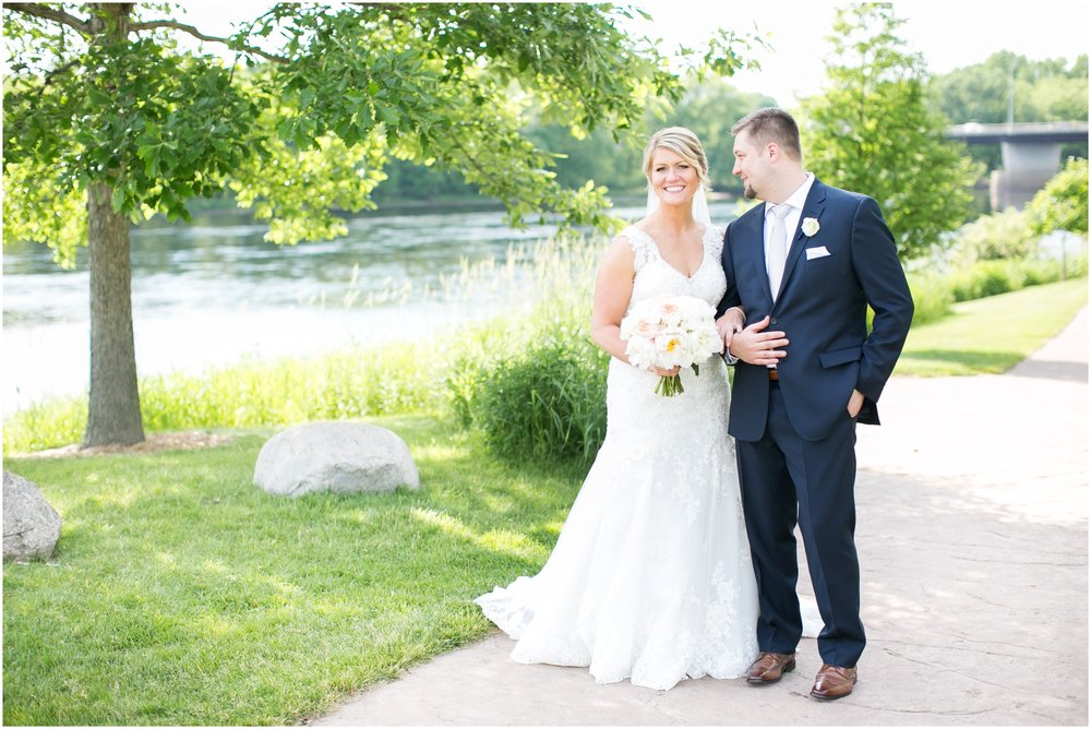 Eau_Claire_Wisconsin_The_Florian_Garden_Wedding_3248.jpg