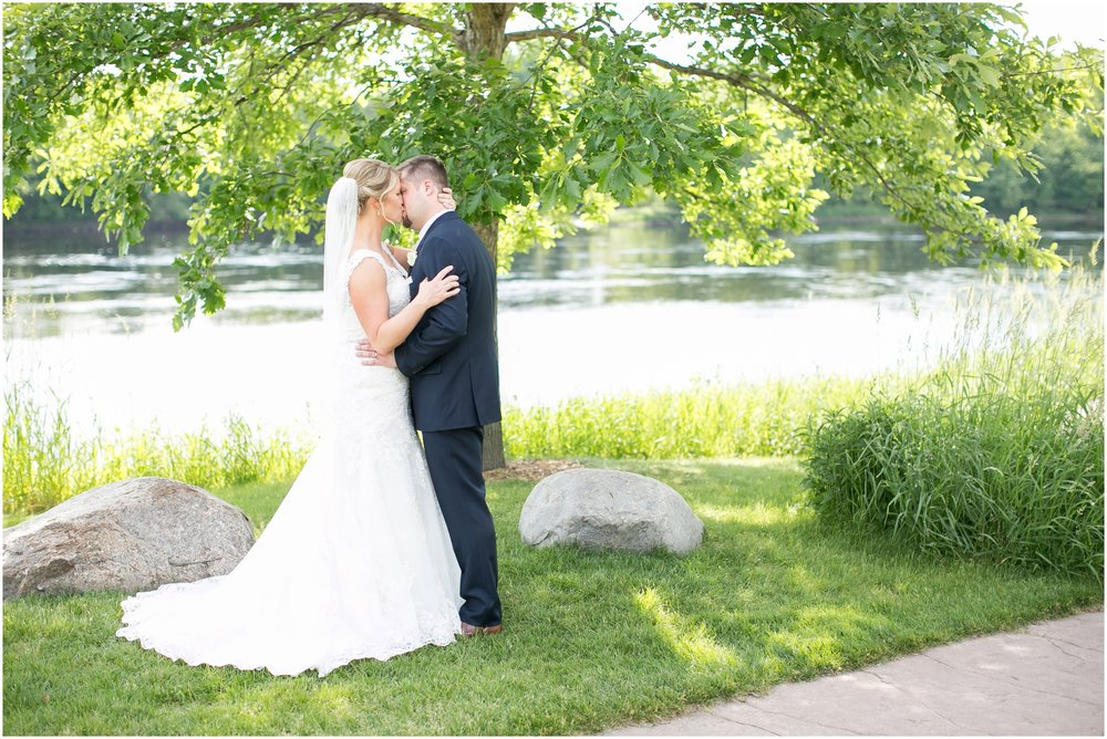 Eau_Claire_Wisconsin_The_Florian_Garden_Wedding_3261.jpg
