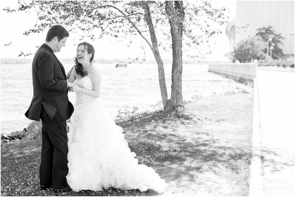 Madison_Wisconsin_Wedding_Photographers_Monona_Terrace_Wedding_3297.jpg