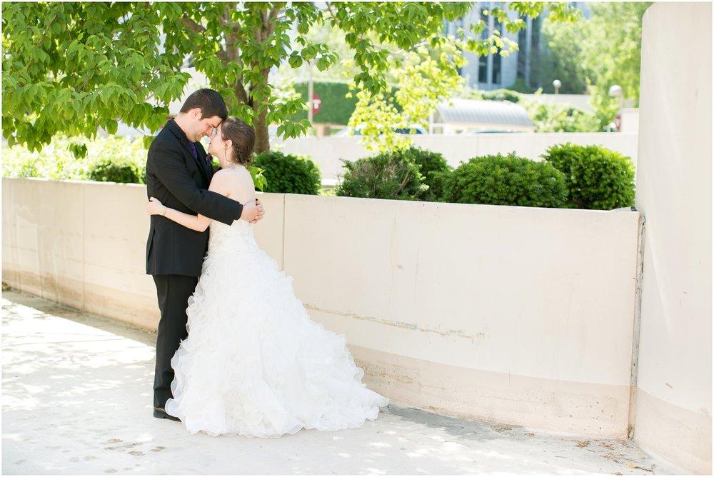 Madison_Wisconsin_Wedding_Photographers_Monona_Terrace_Wedding_3303.jpg