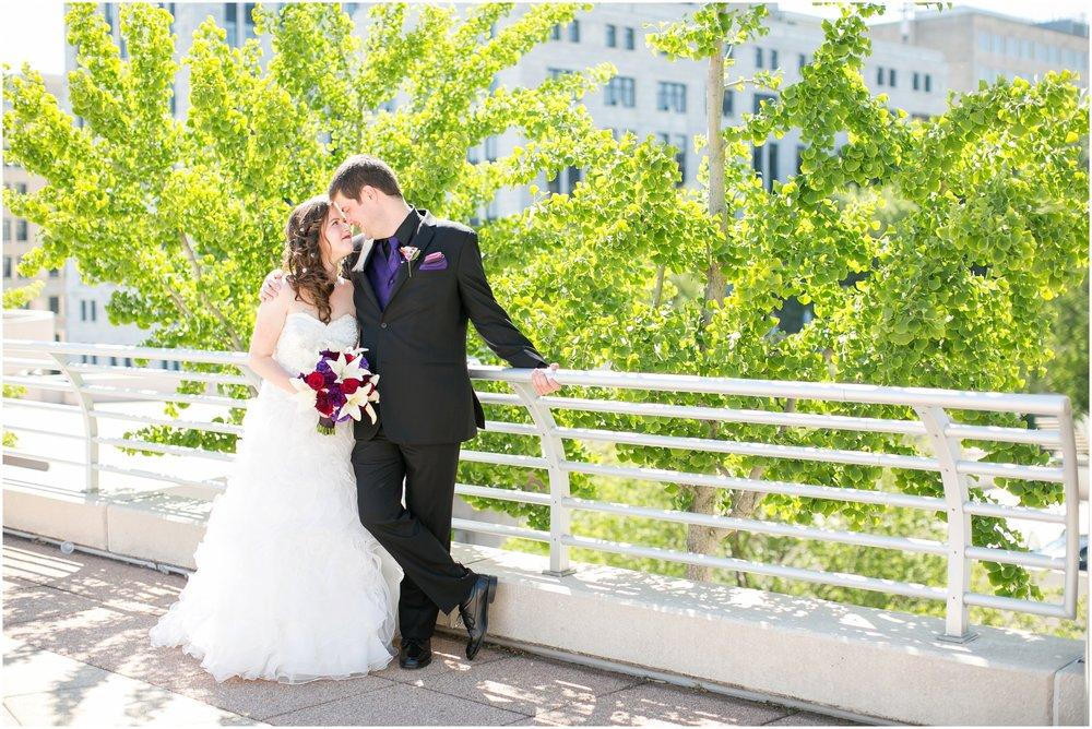 Madison_Wisconsin_Wedding_Photographers_Monona_Terrace_Wedding_3319.jpg