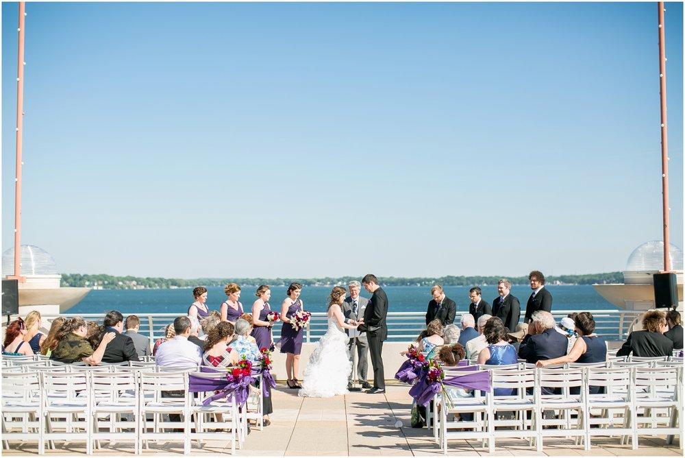 Madison_Wisconsin_Wedding_Photographers_Monona_Terrace_Wedding_3323.jpg