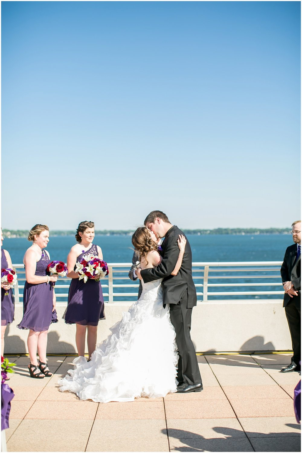 Madison_Wisconsin_Wedding_Photographers_Monona_Terrace_Wedding_3327.jpg