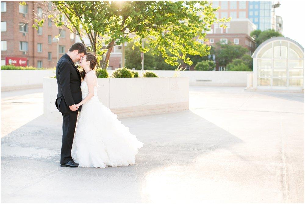 Madison_Wisconsin_Wedding_Photographers_Monona_Terrace_Wedding_3332.jpg
