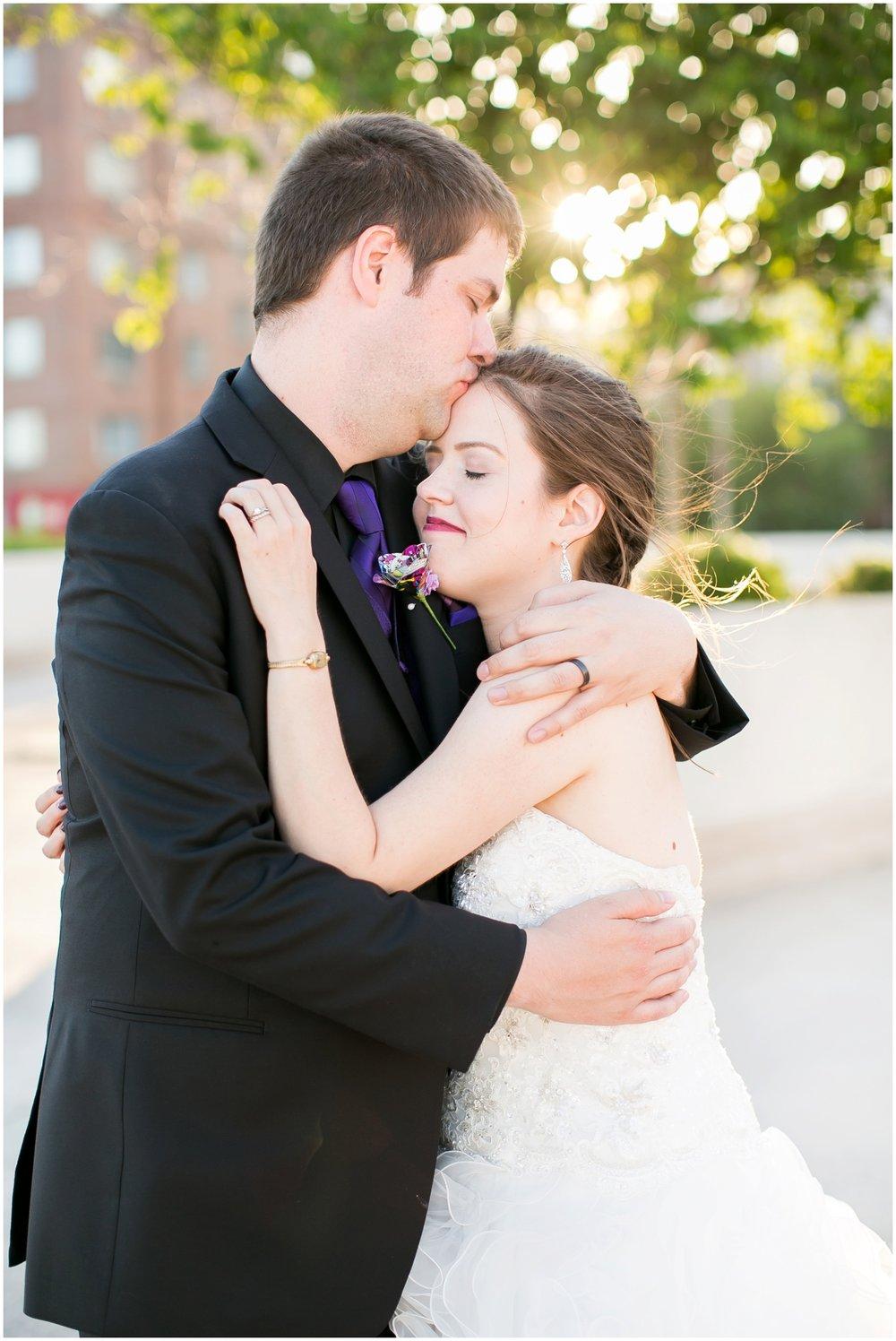 Madison_Wisconsin_Wedding_Photographers_Monona_Terrace_Wedding_3333.jpg