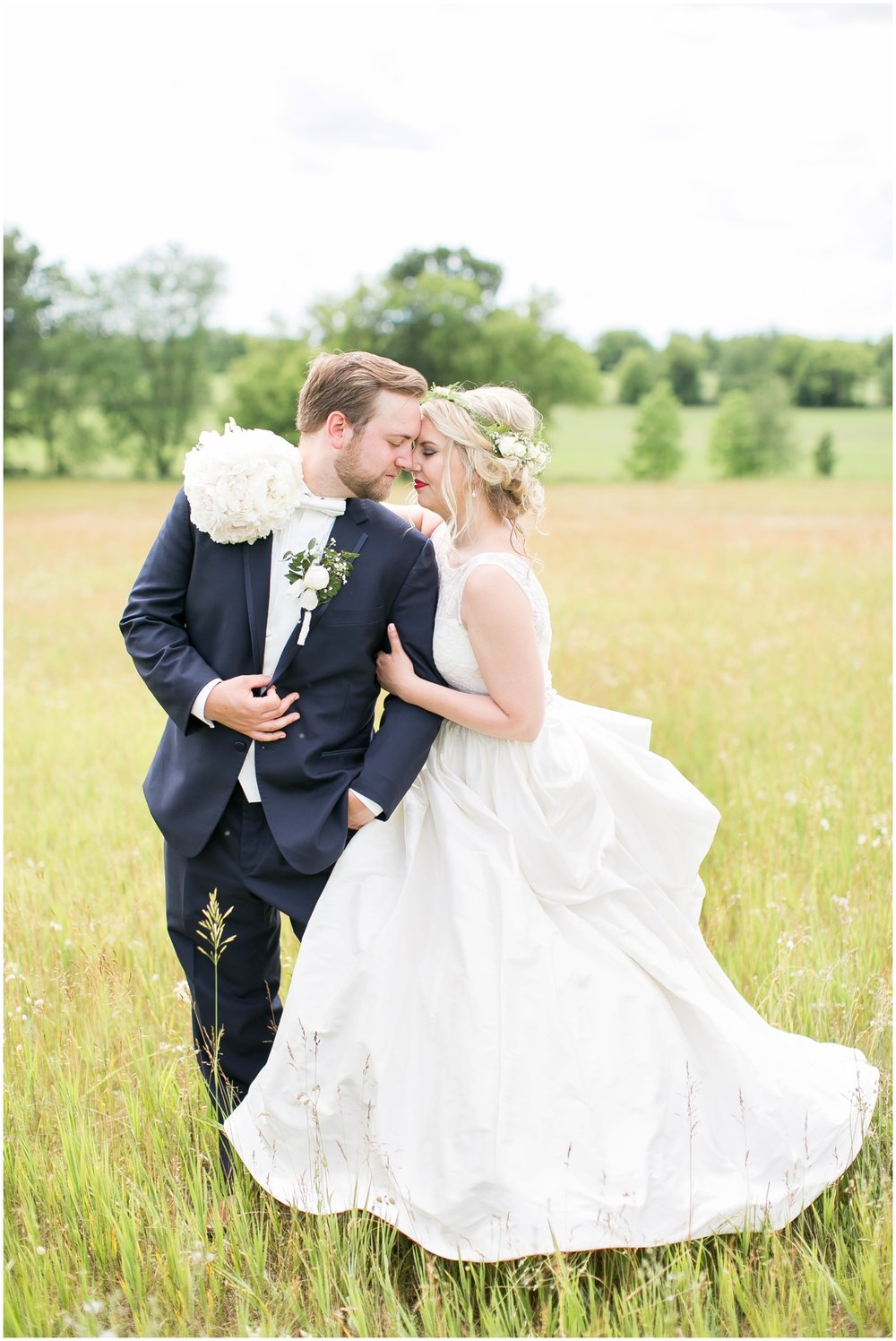 Steven_Point_Wisconsin_Wedding_Photographer_Outdoor_Summer_Wedding_3383.jpg