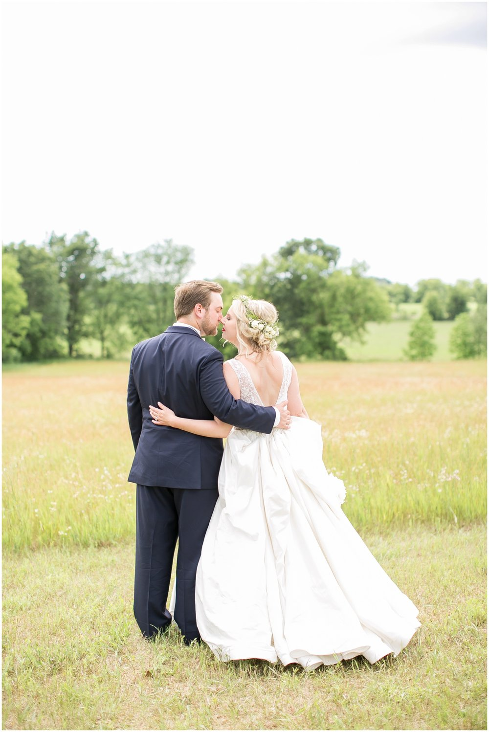 Steven_Point_Wisconsin_Wedding_Photographer_Outdoor_Summer_Wedding_3398.jpg