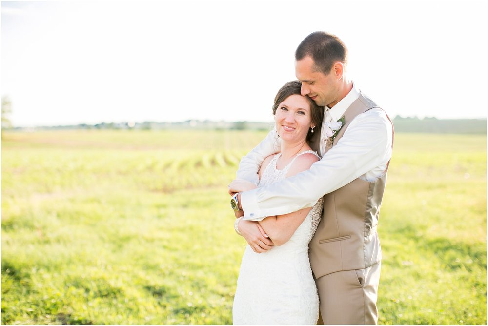 The_BARn_Summer_Wedding_Plateville_Wisconsin_Wedding_Photographers_3450.jpg