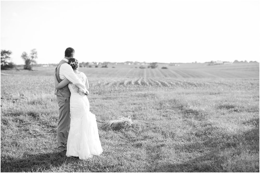 The_BARn_Summer_Wedding_Plateville_Wisconsin_Wedding_Photographers_3452.jpg