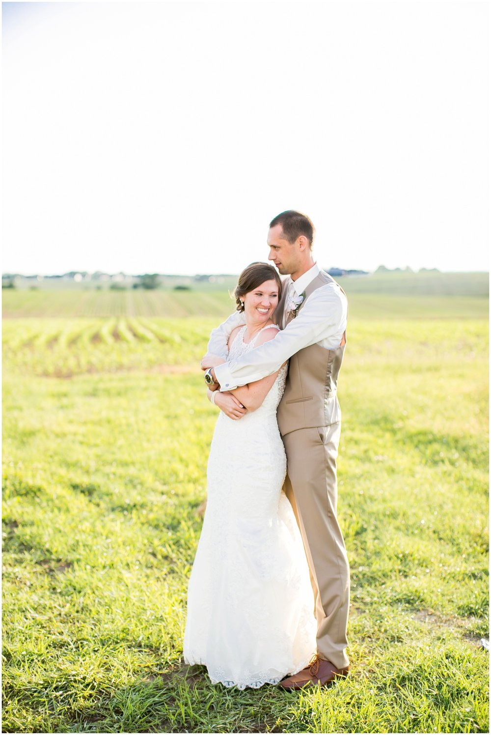 The_BARn_Summer_Wedding_Plateville_Wisconsin_Wedding_Photographers_3453.jpg