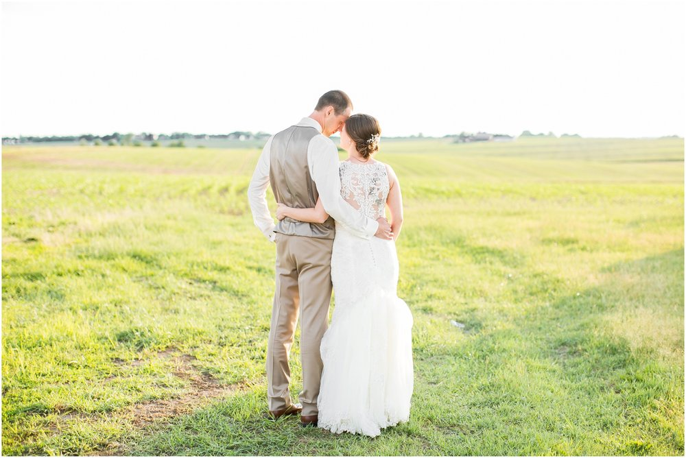 The_BARn_Summer_Wedding_Plateville_Wisconsin_Wedding_Photographers_3460.jpg