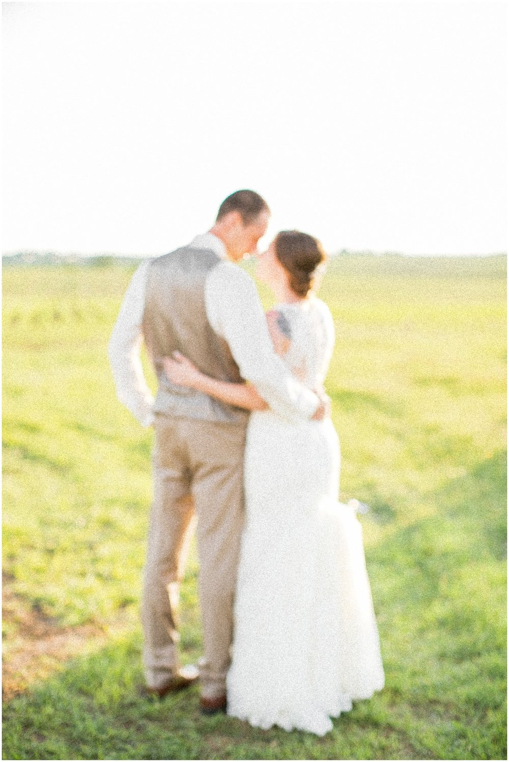 The_BARn_Summer_Wedding_Plateville_Wisconsin_Wedding_Photographers_3461.jpg