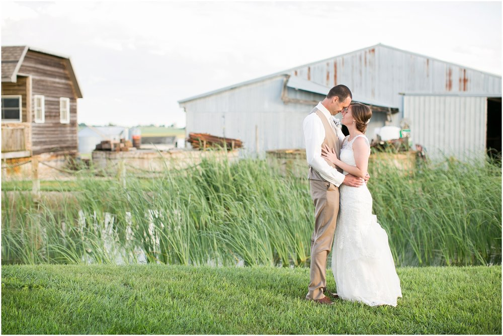 The_BARn_Summer_Wedding_Plateville_Wisconsin_Wedding_Photographers_3464.jpg