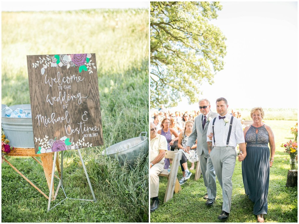 Schusters_Farm_Wedding_Deerfield_Wisconsin_0100.jpg