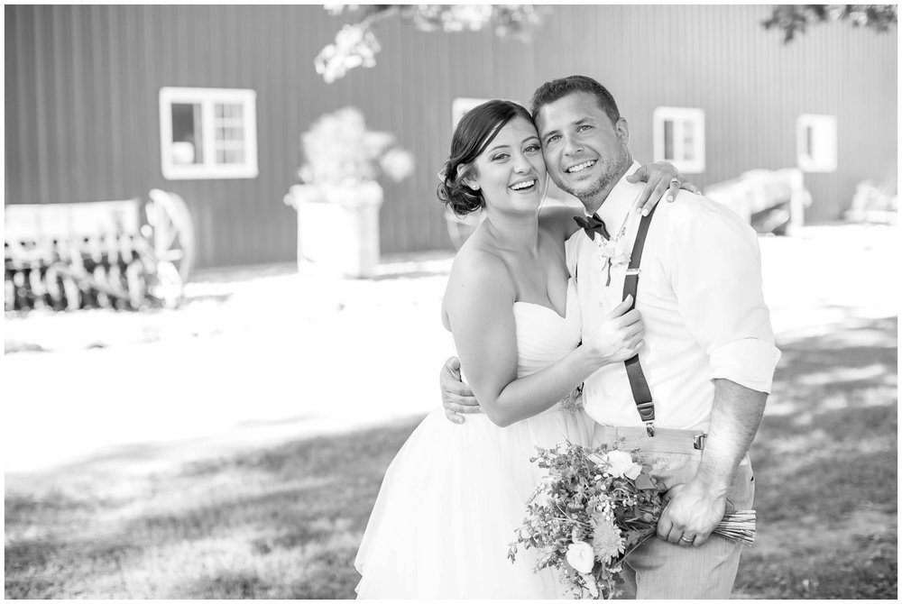 Schusters_Farm_Wedding_Deerfield_Wisconsin_0134.jpg