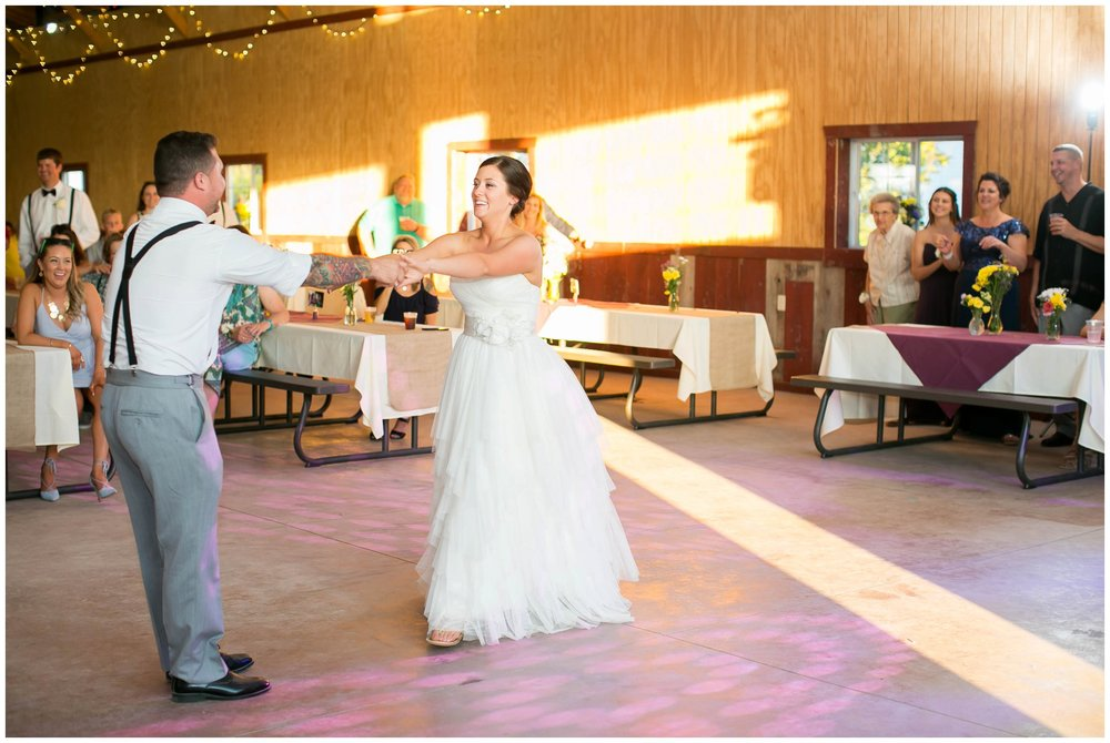 Schusters_Farm_Wedding_Deerfield_Wisconsin_0150.jpg