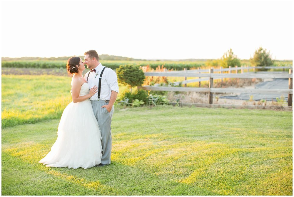 Schusters_Farm_Wedding_Deerfield_Wisconsin_0158.jpg
