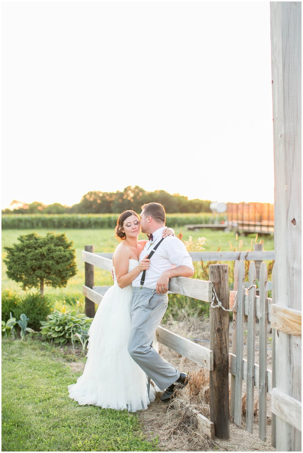 Schusters_Farm_Wedding_Deerfield_Wisconsin_0165.jpg