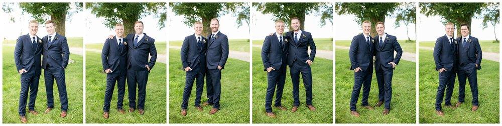 Over_The_Vines_Vineyard_Wedding_Edgerton_Wisconsin_0117.jpg