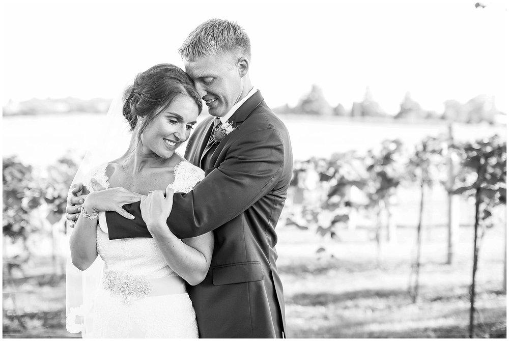 Over_The_Vines_Vineyard_Wedding_Edgerton_Wisconsin_0135.jpg