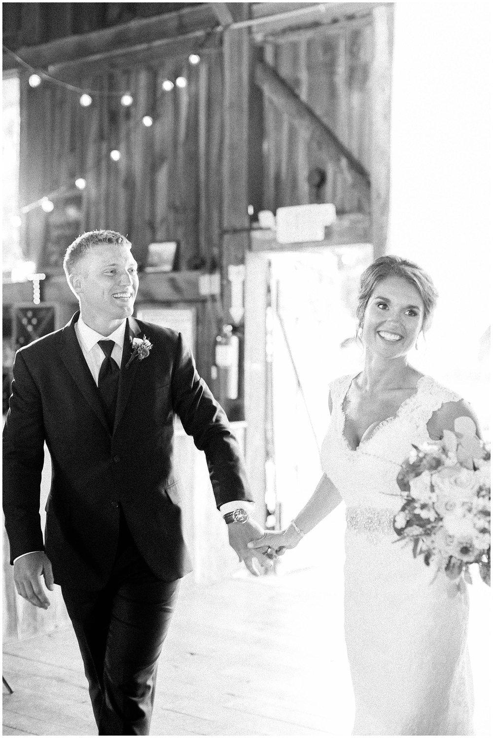 Over_The_Vines_Vineyard_Wedding_Edgerton_Wisconsin_0137.jpg