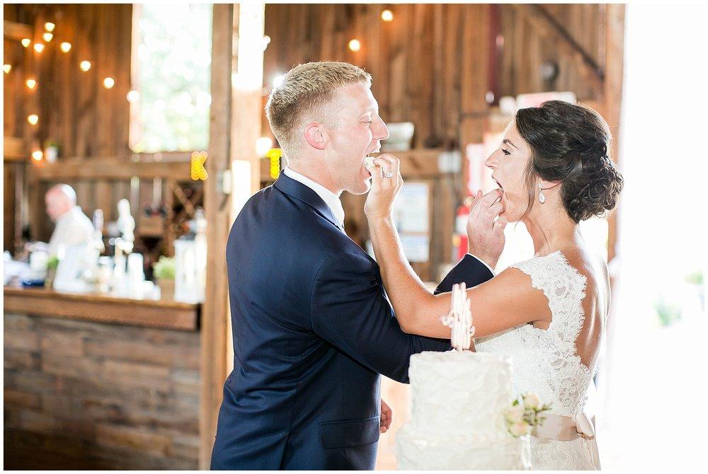 Over_The_Vines_Vineyard_Wedding_Edgerton_Wisconsin_0140.jpg