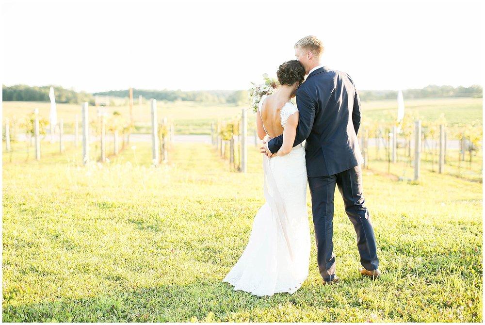 Over_The_Vines_Vineyard_Wedding_Edgerton_Wisconsin_0143.jpg