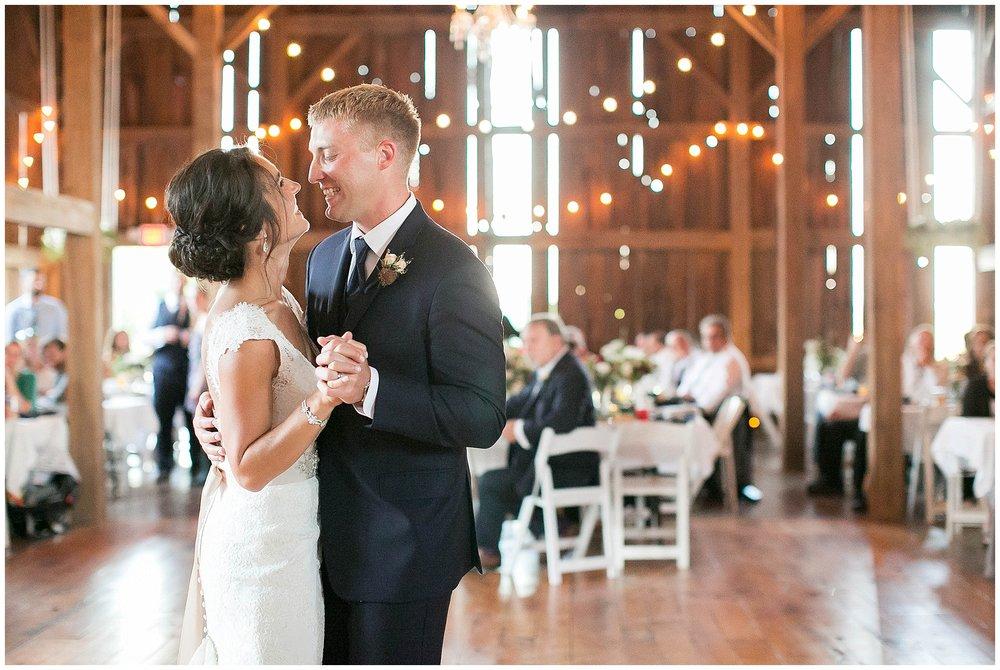 Over_The_Vines_Vineyard_Wedding_Edgerton_Wisconsin_0166.jpg