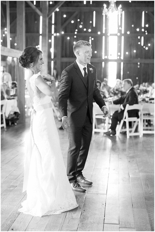 Over_The_Vines_Vineyard_Wedding_Edgerton_Wisconsin_0168.jpg