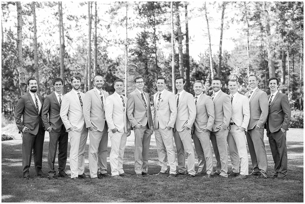 Wausau_Wisconsin_Wedding_Photographer_0390.jpg