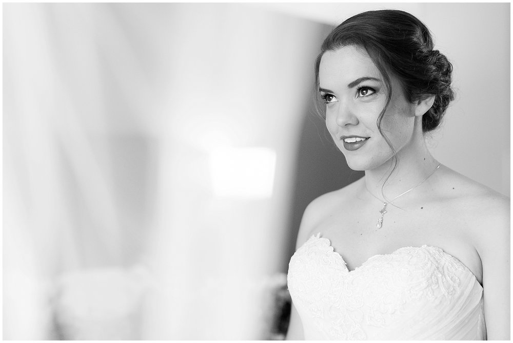 Madison_Wisconsin_Wedding_Photographers_Saint_Paul_University_Catholic_Center_0821.jpg