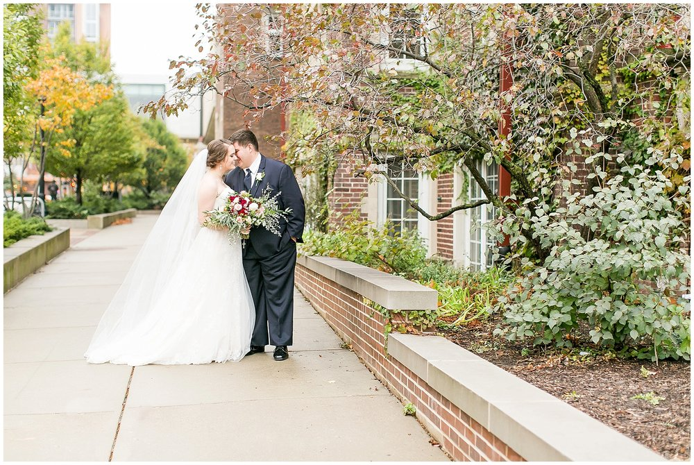 Madison_Wisconsin_Wedding_Photographers_Saint_Paul_University_Catholic_Center_0874.jpg