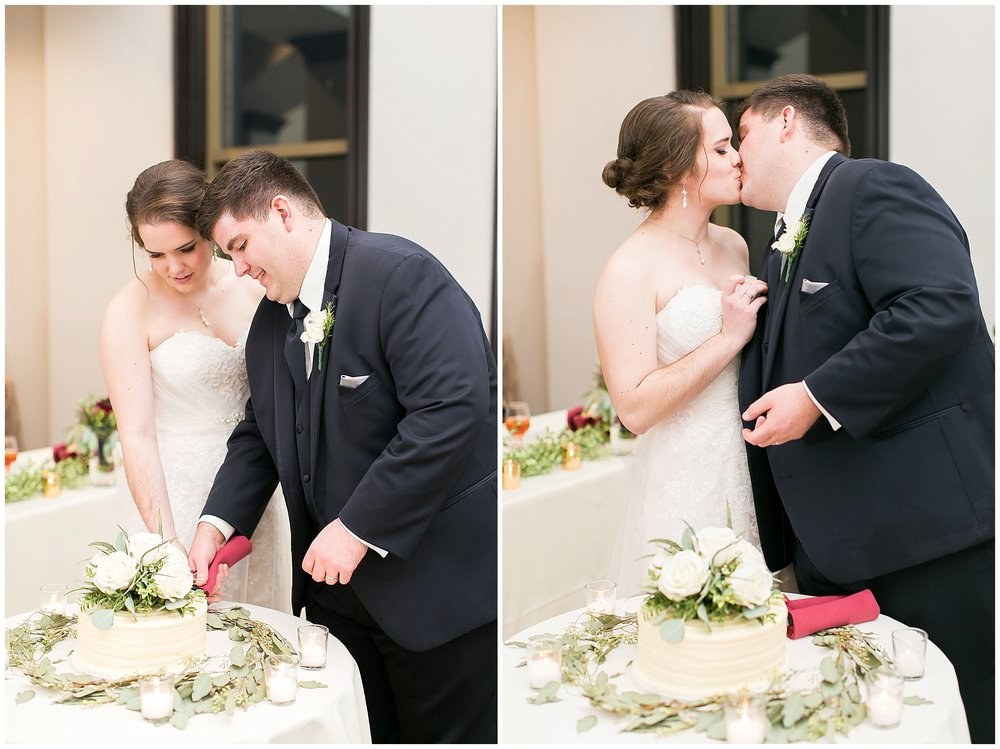 Madison_Wisconsin_Wedding_Photographers_Saint_Paul_University_Catholic_Center_0882.jpg