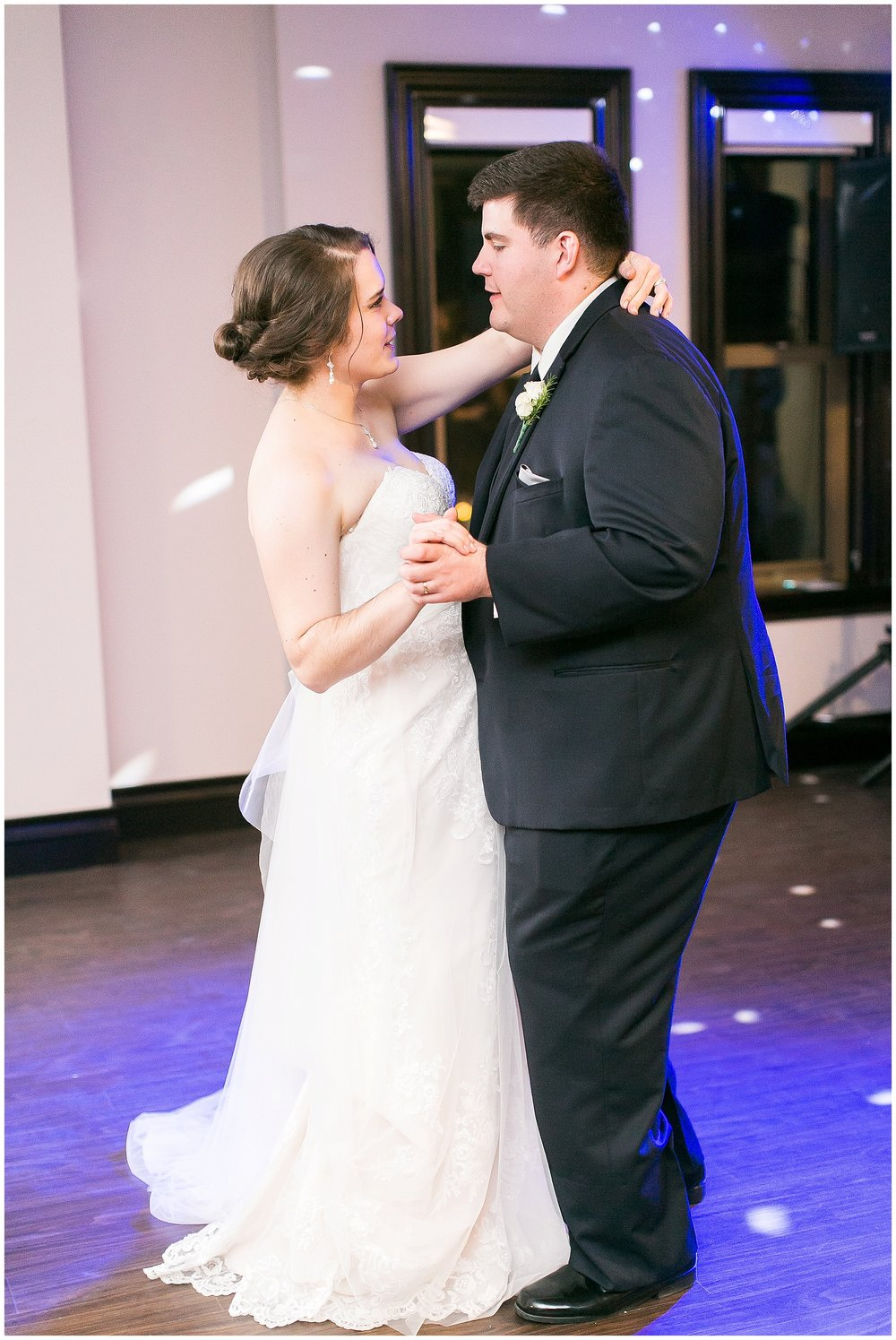 Madison_Wisconsin_Wedding_Photographers_Saint_Paul_University_Catholic_Center_0885.jpg