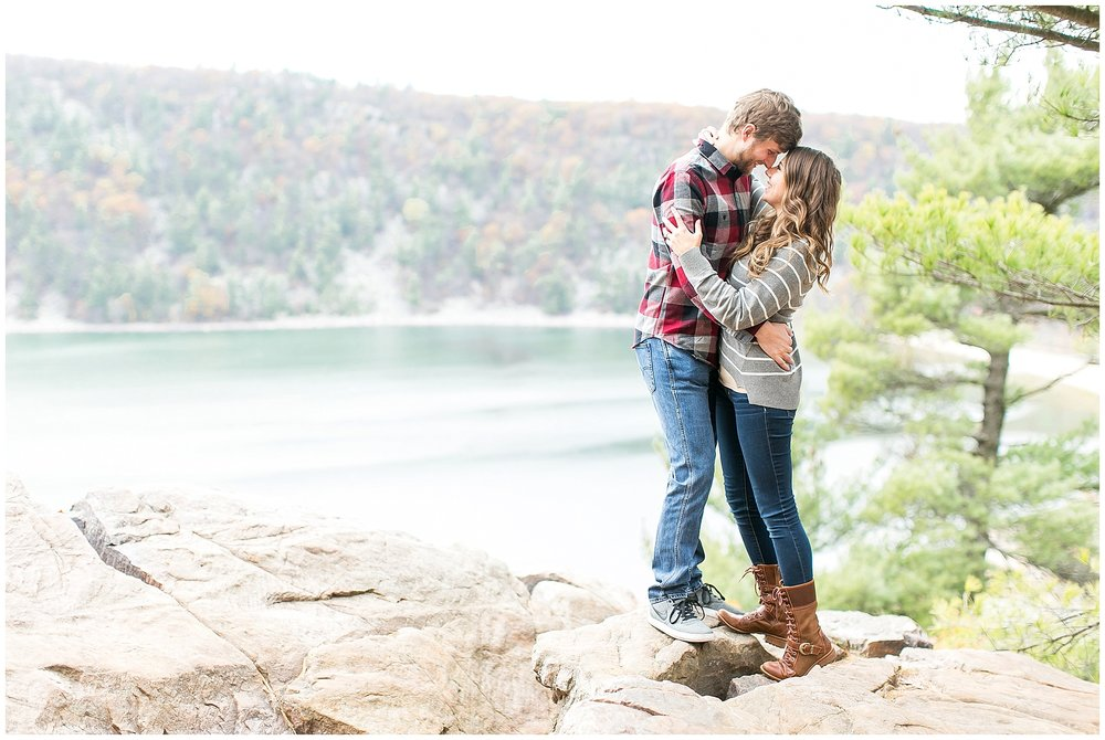 Devils_Lake_State_Park_Engagement_Session_0891.jpg