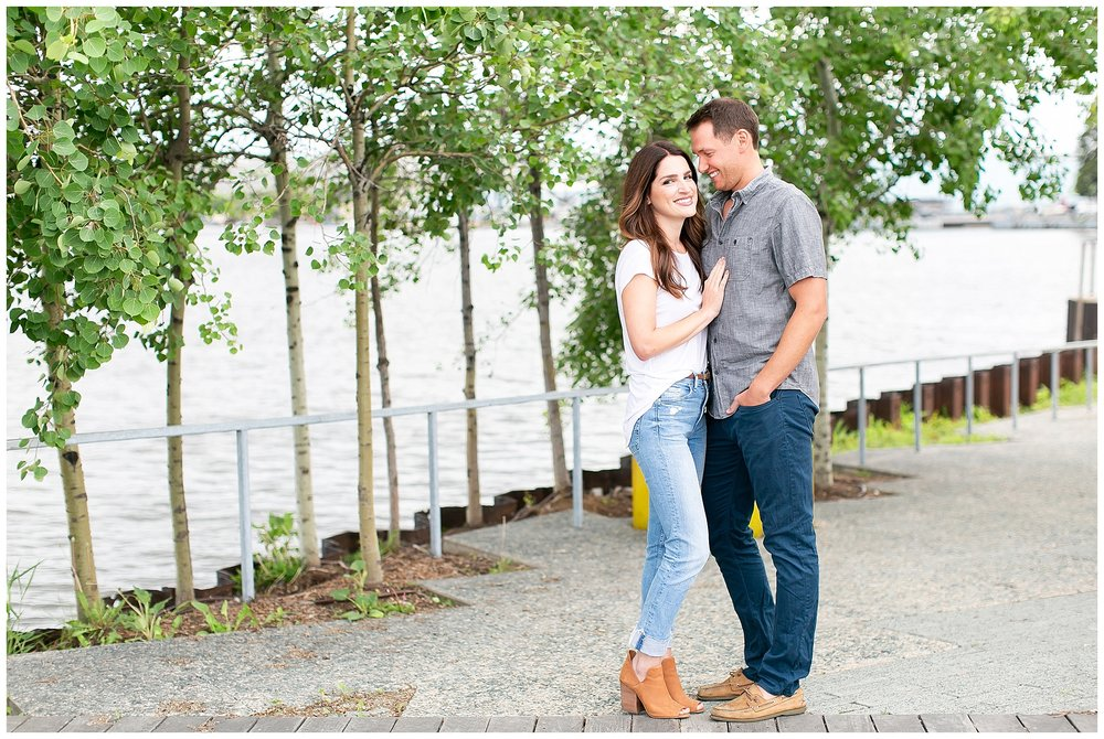 Milwaukee_waterfront_engagement_session_Madison_wisconsin_wedding_photographers_0003.jpg