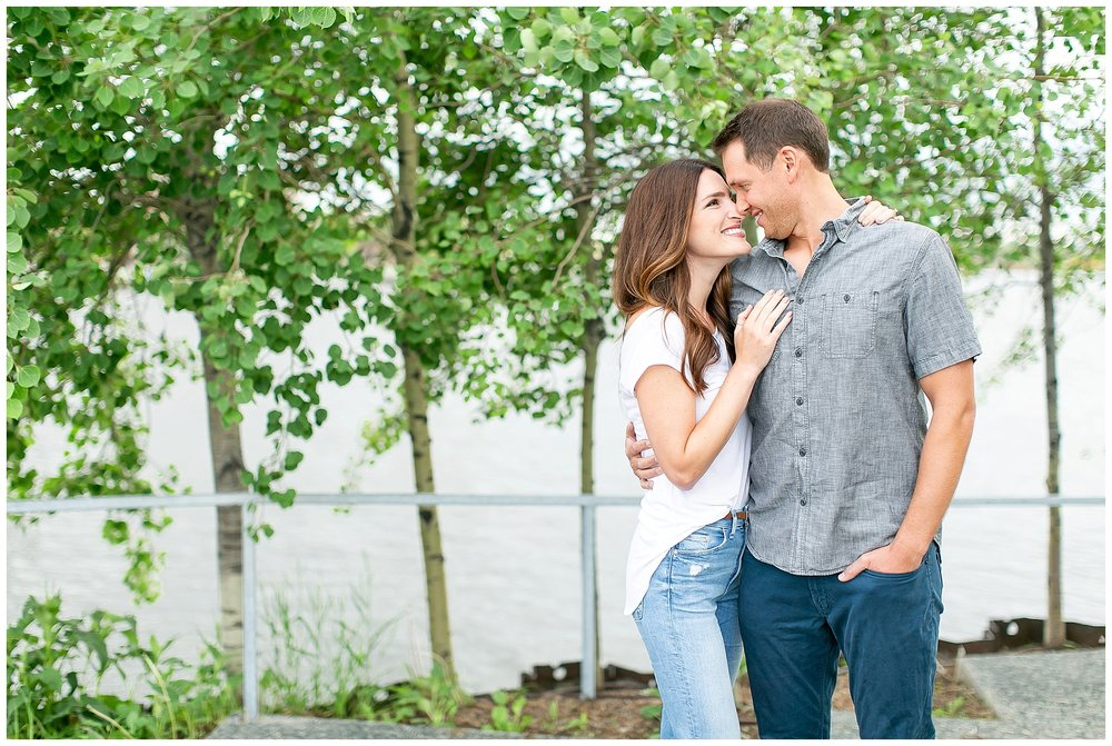 Milwaukee_waterfront_engagement_session_Madison_wisconsin_wedding_photographers_0006.jpg
