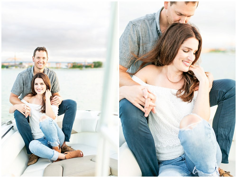 Milwaukee_waterfront_engagement_session_Madison_wisconsin_wedding_photographers_0039.jpg