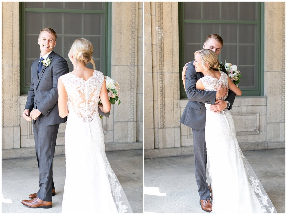 Madison_wisconsin_wedding_photographers_memorial_union_wedding_great_hall_0098.jpg
