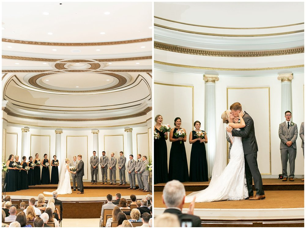 Madison_wisconsin_wedding_photographers_memorial_union_wedding_great_hall_0148.jpg